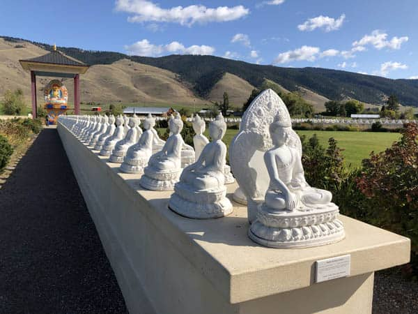 Garden of One Thousand Buddhas Statues